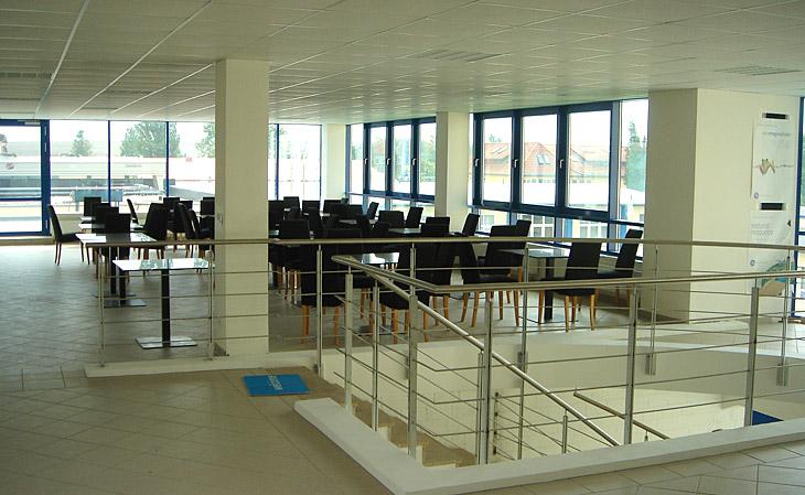 Neubau Bürogebäude und Laborgebäude mit Produktionsanbau und Pförtneranbau in Radeberg - HGB Hallen- und Gewerbebau Dresden GmbH